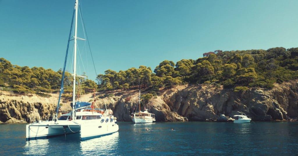 Greece onlocks yachting